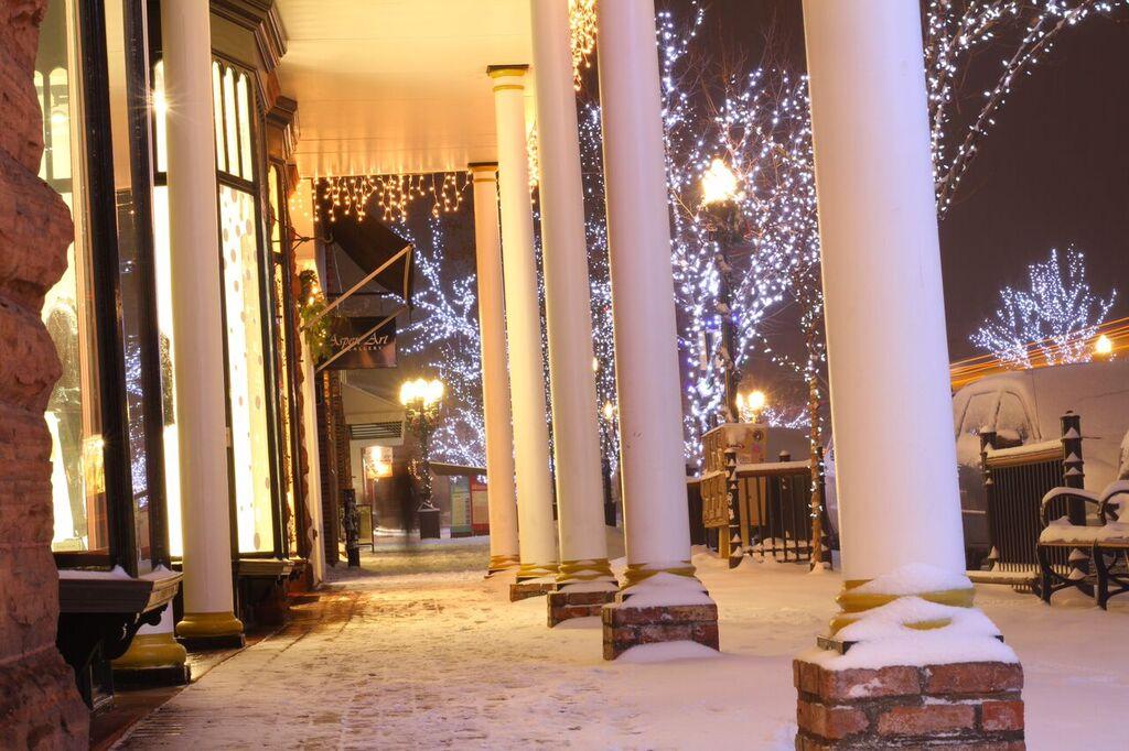 ChristmasLights.DowntownAspen.jpeg